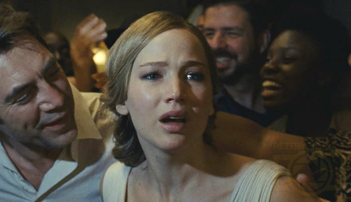 جنیفر لارنس در فیلم مادر