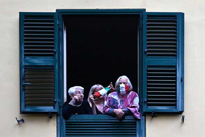 دوران قرنطینه در ایتالیا- کووید-19