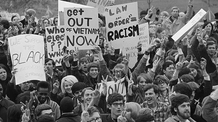 تظاهرات ضدجنگ در آمریکا دهه 1960
